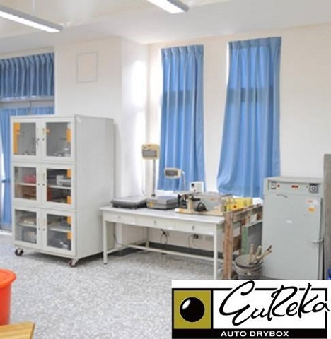 Eureka Dry Tech Lab Auto Desiccator Storing Laboratory equipment and samples